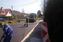 Oprava silnice v Počátkách už spěje do finiše