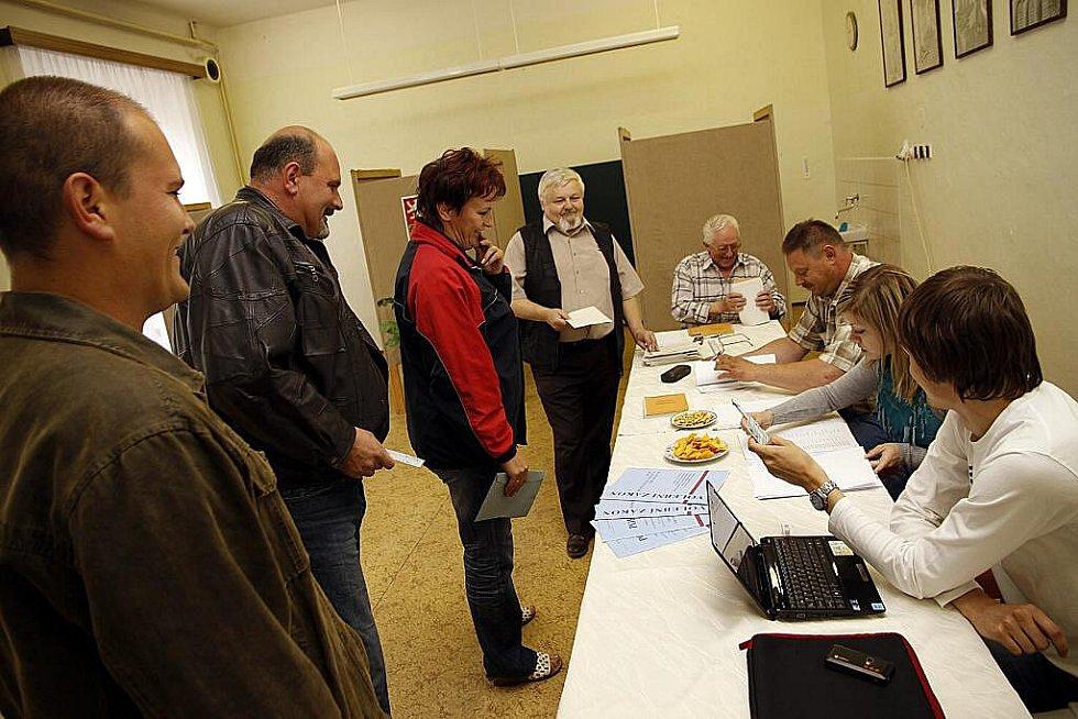 Volby do Parlamentu v květnu 2010 v Hlinsku.