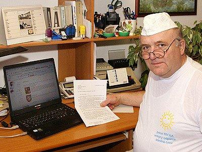 Pekař Stanislav Pecka vyzval Václava Klause, aby znovu nekandidoval.