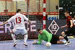 Futsalisté Era-Packu Chrudim nenašli ani v 18. utkání I. futsalové ligy přemožitele, když doma porazili Benago Zruč 5:1.