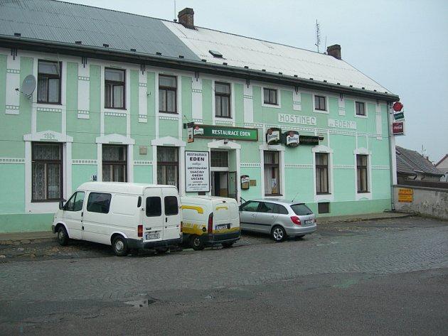 21. Restaurace Eden, Heřmanův Městec.