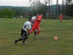 Marně stíhali hráči Ústí nad Orlicí ty Načešické, a to nejen v tomto souboji, ale především v celém utkání.