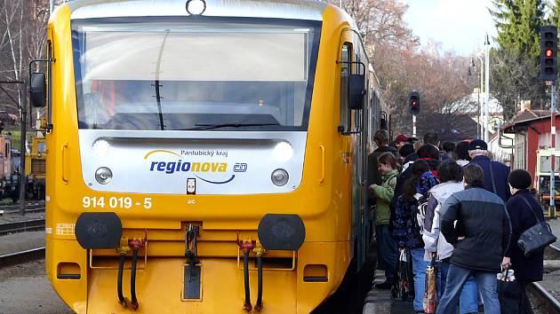 Cestující musí počítat se změnou jízdních řádů.