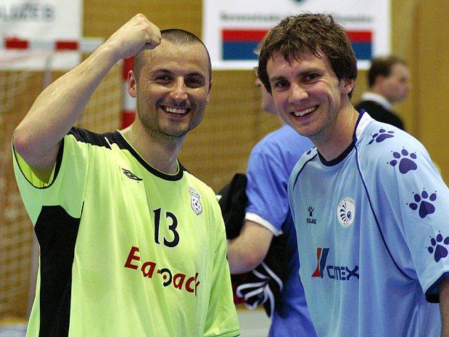 Radek Mikan (vlevo) po třetím finálovém zápase s Eco Investmentem.