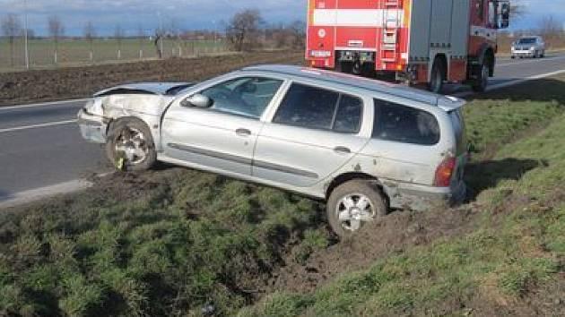 Od nehody u Medlešic řidič klidně odešel.
