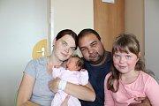 ANETA HRDINOVÁ (3,52 kg a 52 cm) udělala radost 31.8. v 7:30 nejen rodičům Denise a Michalovi ze Rváčova, ale také 6leté sestřičce Lindě.