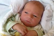 MICHAL HUBENÝ je prvním pokladem Petry a Lukáše Hubených z Vojtěchova. Narodil se 20. března v 15:57 a jeho míry byly 2,98 kg a 50 cm