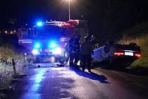 Na silnici mezi Chrudimí a Topolem, před mostem obchvatu havaroval v pondělí 24. srpna 2015 večer řidič v BMW. Po nehodě z místa utekl a policisté ho vypátrali až v Pardubicích.