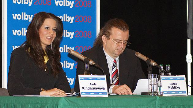 V Divadle Karla Pippicha proběhla debata s kandidáty do krajských voleb, kterou připravila RTA ve spolupráci s Deníkem.
