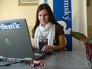 Eva Tálská odpovídá při on-line rozhovoru čtenářům Chrudimského deníku.