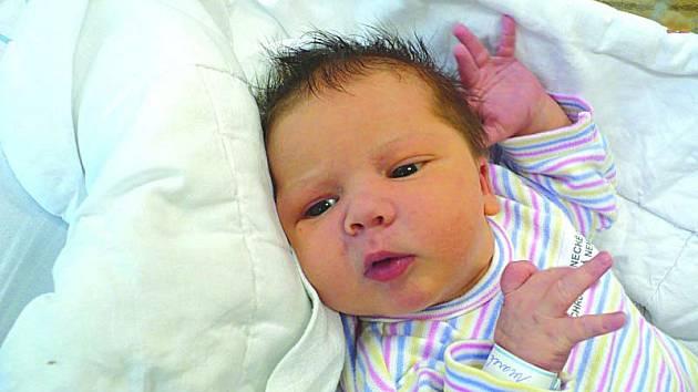 MAREK ZEMAN (4,01 kg a 54 cm) je od 24.1. od 14:17 jméno prvního miminka Jany a Marcela ze Slatiňan.