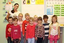 Prvňáčci z první třídy Základní školy Rabštejnská Lhota, kterou vede paní učitelka Jitka Kunešová.