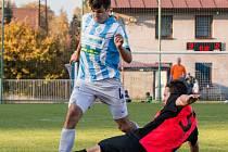 Podzimní duel v České Třebové vyhráli domácí (v modrém dresu) 3:2, na jaře vyhrály Slatiňany (v červeném) 2:0.