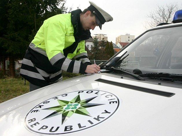 Policisté kontrolovali dvaaosmdesát řidičů.