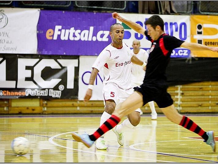 Futsalové utkání FK ERA-PACK Chrudim - FC Benago Zruč nad Sázavou