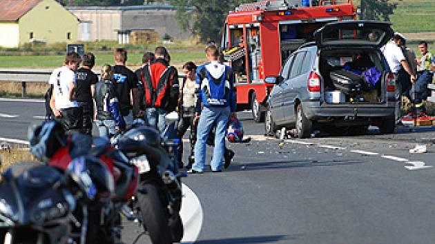 Úsek komunikace, kde k něhodě došlo, ke častým dějištěm havárií.