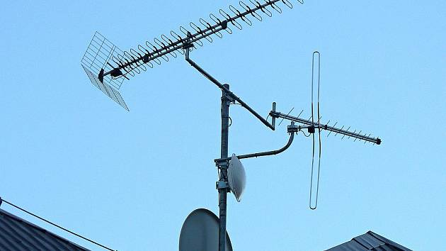 Domácnosti jsou ve východních Čechách na digitální vysílání připraveny.