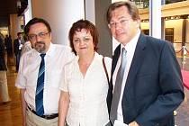 Chrudimské aktivisty přijal europoslanec Libor Rouček (vpravo).