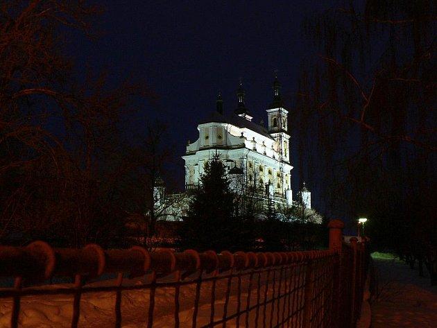 Chrám Panny Marie na Chlumku v Luži.