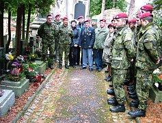 Vojáci si připomněli narození válečného hrdiny.
