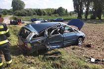 V sobotu se v Cholticích střela dvě osobní vozidla.