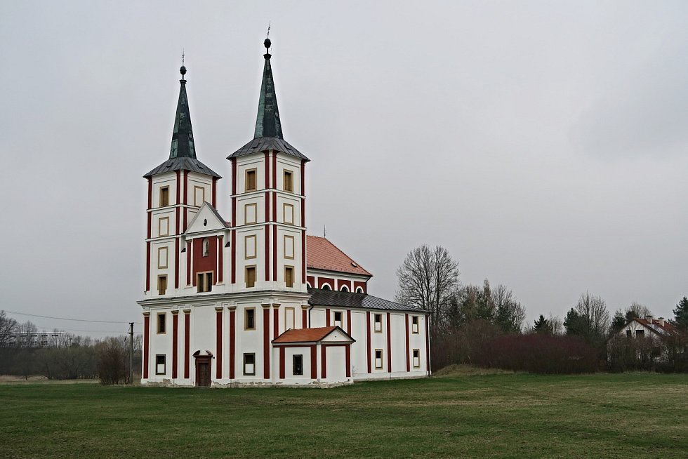 Hradišťan, Podlažický klášter a Ďáblova bible. V Chrasti o víkendu slaví