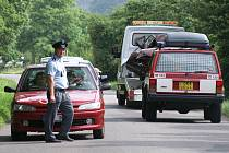 Při vážné dopravní nehodě mezi Prosetínem a Mrákotínem byl těžce zraněn nezletilý řidič.