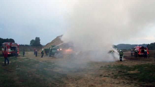 Požár stohu v Trhové Kamenici.
