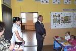 První školní den absolvovalo 1. září 2011 také prvňáčci v Základní škole v Krouně. 15 nových školáků uvítal i zdejší starosta Pavel Ondra.