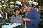 Výroba punčochového zboží ve firmě Evona.