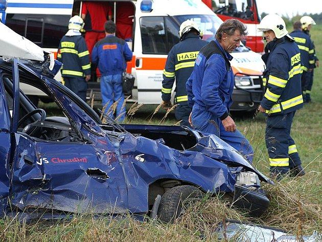 Na železničním přejezdu u Heřmanova Městce došlo ke střetu vozidla Škoda Felicia Pickup s vlakem.