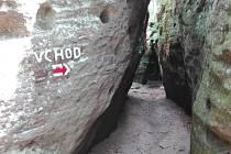 Vchod do jeskyního města