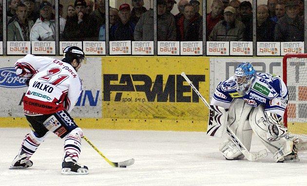 Rozhodující nájezd Valka přinesl hokejistům Chrudimi v utkání s Kometou Brno dva body.