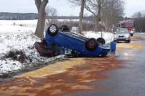 Nehoda u Kostelce.
