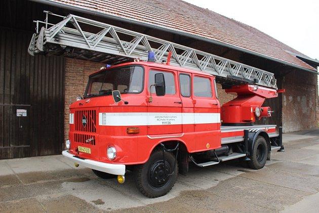 Automobilový žebřík AZ 30 - IFA W50