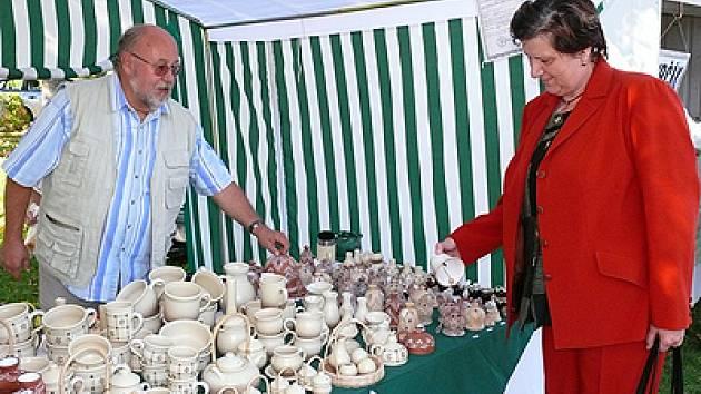 Výstava Babí léto na Železných horách pro návštěvníky byla příležitostí k výhodným nákupům i kulturnímu vyžití.