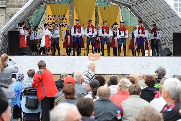 Resselovo náměstí patřilo o víkendu oblíbenému folklornímu festivalu Chrudimské obžínky.