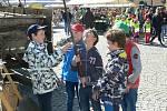 Odpolední program Dne Země v Chrudimi zpestřilo vystoupení dětského pěveckého souboru Klíčenky.