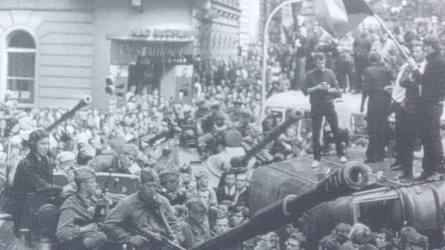 Okupace ze srpna 1968 v Hlinsku.