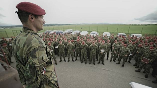 Vojenský kaplan: Prošel válkou i věznicí, teď pomáhá v covidáriu