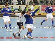 Era-Pack porazil ve svém úvodním utkání základní skupiny UEFA Futsal Cupu Rapid Minsk 6:2.