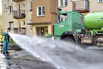 Blokové čištění ulic začalo.