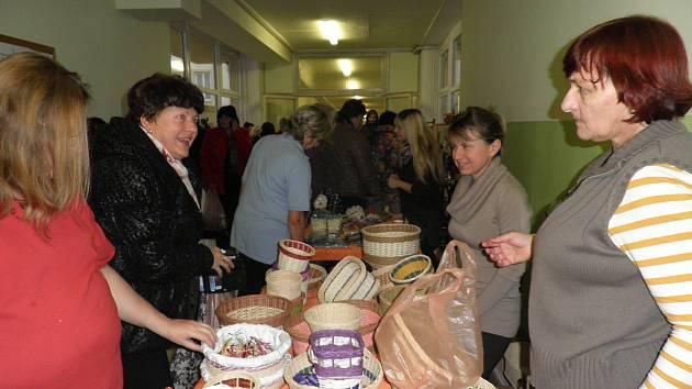 Vánoční jarmark v Domově sociálních služeb Slatiňany.