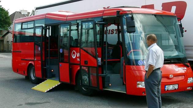 Na Chrudimsku bude jezdit trojice nových autobusů.