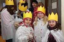 V Chrudimi se koledníci Tříkrálové sbírky podle již zavedené tradice sešli v sídle fary.