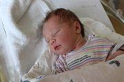 ŠTĚPÁNKA KUBÍNOVÁ (3,5 kg a 52 cm) udělala radost 11.6. v 18:25 nejen rodičům Žanetě a Lukášovi z Turkovic, ale také 5letému bráškovi Matyáškovi.
