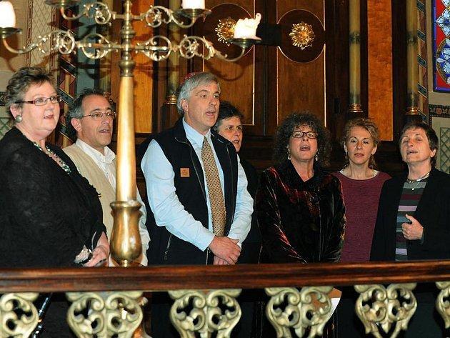 Heřmanoměstecká synagoga patřila oslavě svátku Simchat Torah.