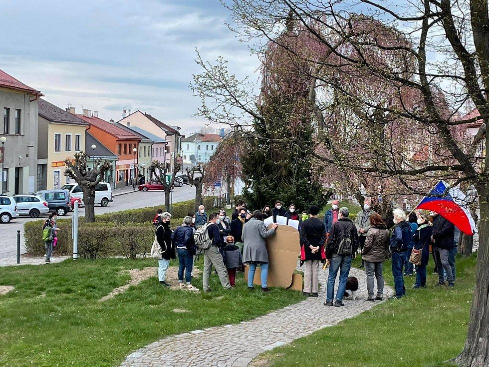 Protizemanovská demonstrace v Proseči na Chrudimsku
