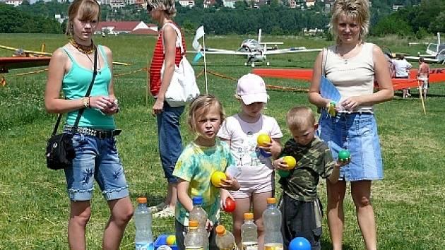 Pro děti byly připraveny hry a soutěže.