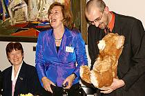 Medvěd udělal v Chrudimi radost.